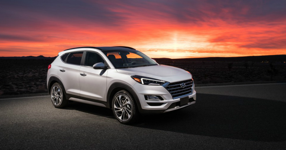 Small SUV Active Driving in the Hyundai Tucson